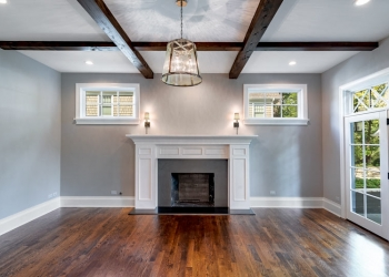 #51-321-Forest-Road - family room w. beams